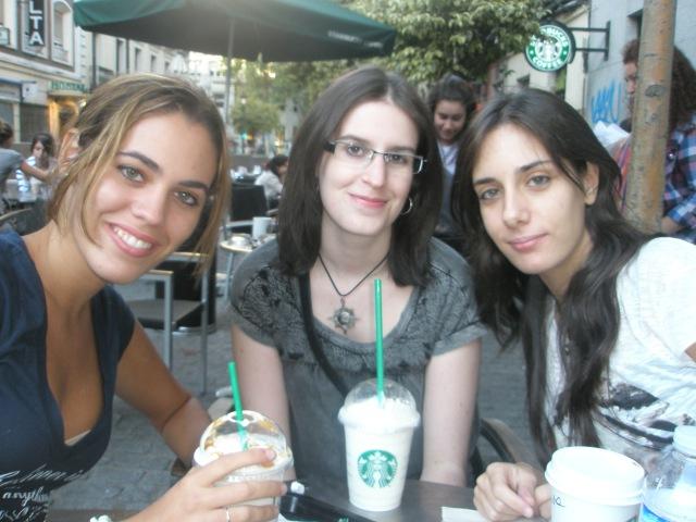 Starbucks de la plaza del Museo Reina Sofía, Madid