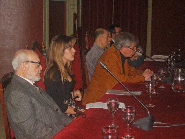 En la mesa de ponentes
