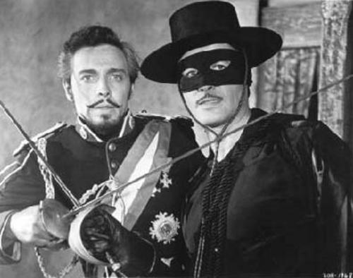 Britt Lomond (Capitán Monastario) y Guy Williams (el Zorro)