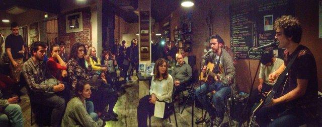 """Presentación de """"El Barco de Cristal"""" en el restaurante madrileño Subiendo al sur. Foto de José María Plaza"""