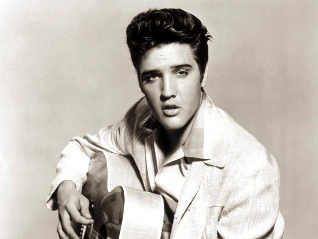 El cantante Elvis Presley en los sesenta