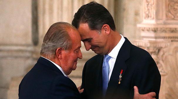 Juan Carlos I de España y su hijo y sucesor, Felipe VI