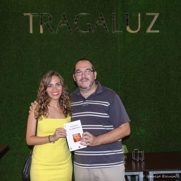 Con el poeta Paco Ramos Torrejón, que dirige el ciclo de recitales Versalando