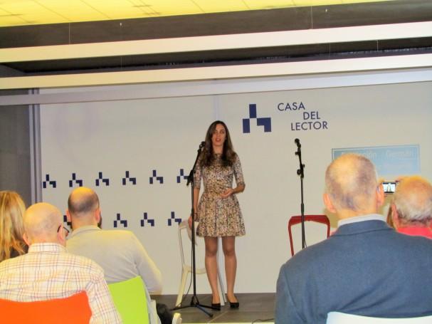 Marina Casado presentando el acto