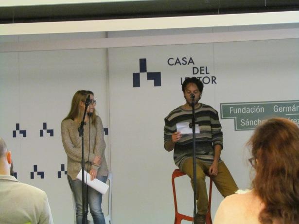 Déborah Alcaide y Alberto Guirao recitando por Ángel González y Pere Gimferrer