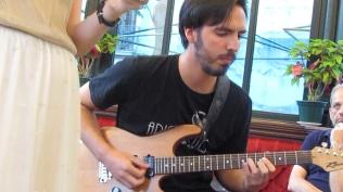 Luis Cernuda - Remordimiento en traje de noche.Imagen fija005